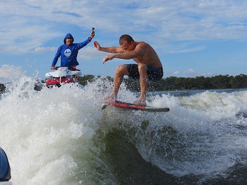 Wake Surf Face Aid